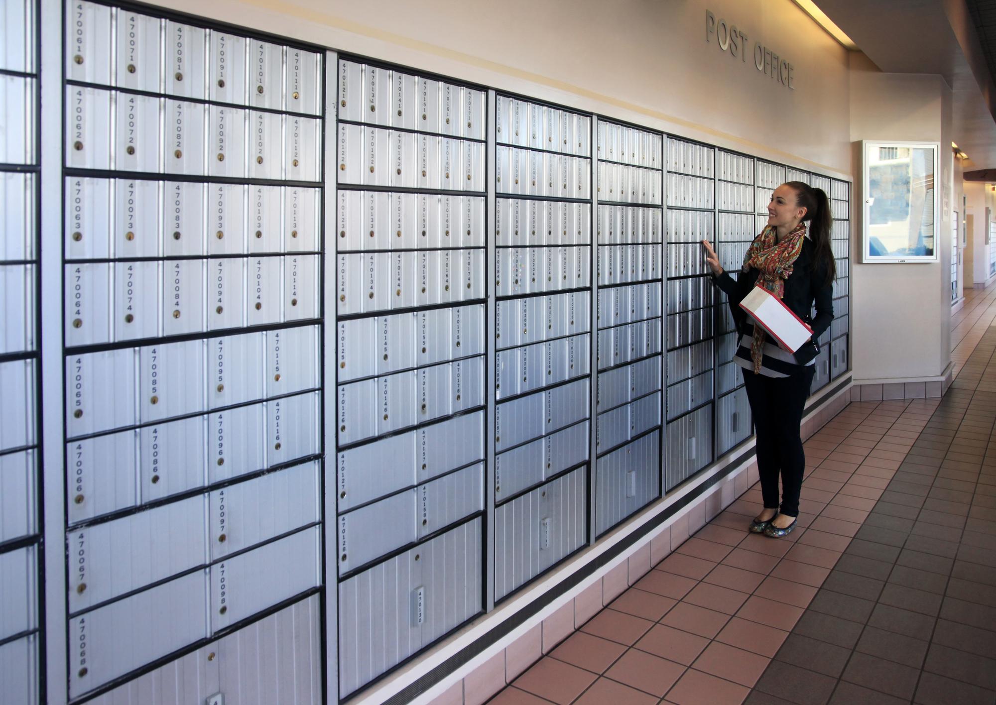 Rent Post office Mailbox